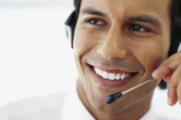 Los buenos representantes de servicio al cliente sonríen a menudo.