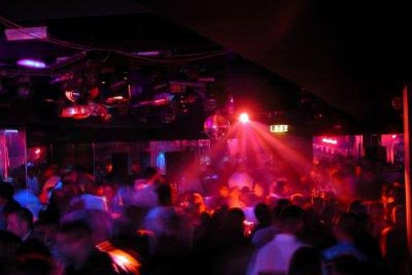 Con numerosas opciones de clubes nocturnos, la publicidad no es sólo una decisión de negocios inteligente, sino que también aumenta la visibilidad de tu establecimiento