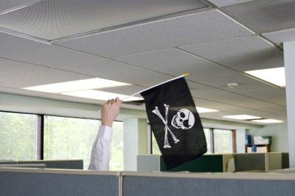 Pirating mungkin mempunyai kesan yang serius terhadap banyak aspek kehidupan anda, seperti pekerjaan anda.
