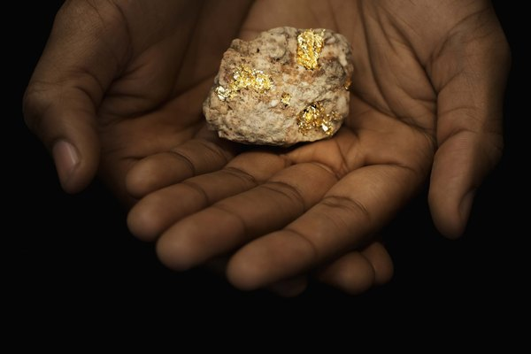 Cómo encontrar el valor de una pepita de oro.