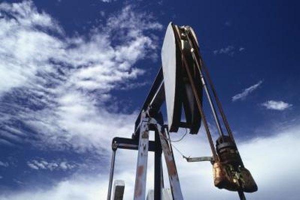 Los ingenieros en petróleo tratan de mejorar el proceso de extracción.