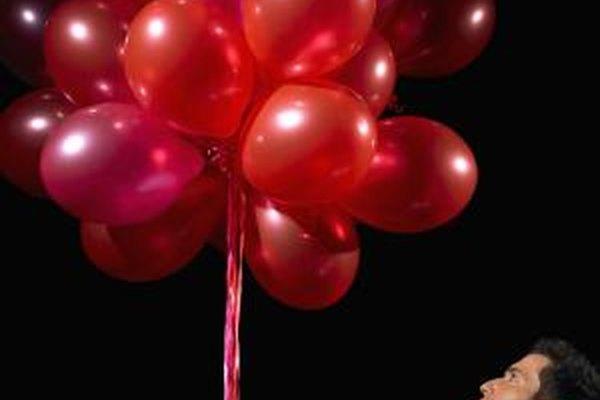 La decoración es un elemento importante para establecer el estado de ánimo de la celebración.
