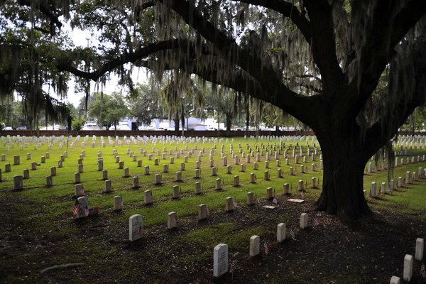 National Cemetery In Beaufort, South Carolina Prepares For Memorial Day Weekend