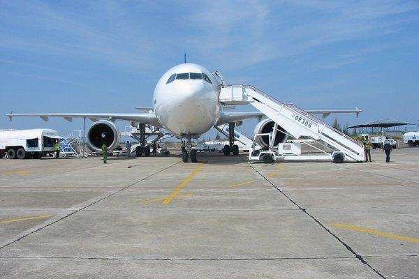 Plane in Cuba