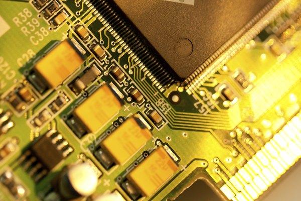 Una tabla de circuito de oro.