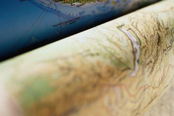 Los mapas topográficos son representaciones bidimensionales de la superficie de la tierra.