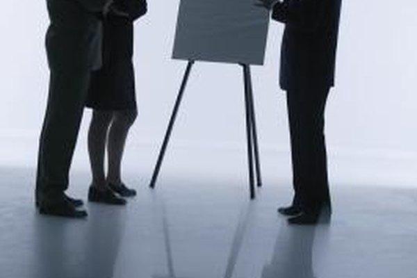 El análisis FODA ayuda a desarrollar una estrategia de mercado para productos nuevos o existentes.