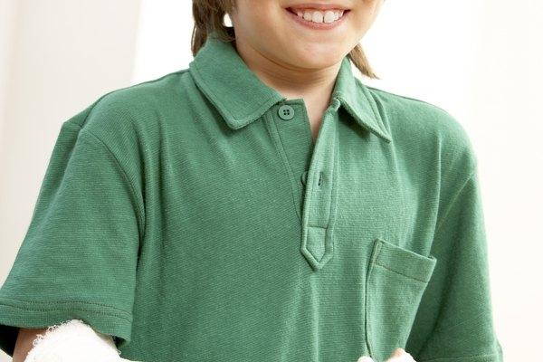 El yeso suele usarse para curar un brazo roto, pero también puedes usarlo como una expresión artística.