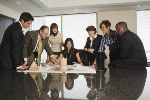 Los líderes de facilitación fomentan la participación y empoderan a sus miembros del personal para lograr más.