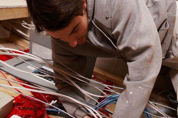 El cable de par trenzado para redes se presenta en dos formas.