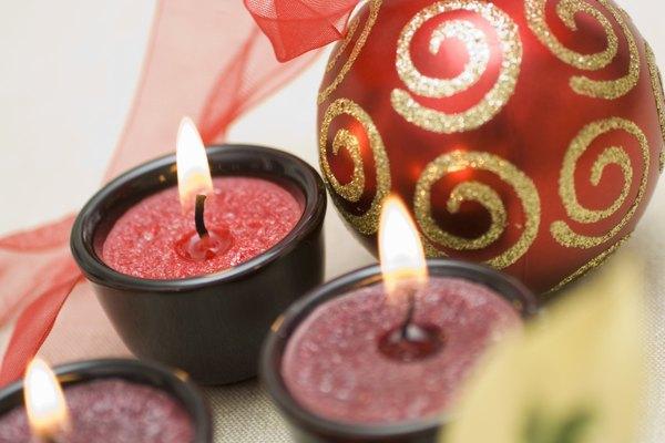 Puedes hacer tus propias velas aromáticas como un lindo regalo.