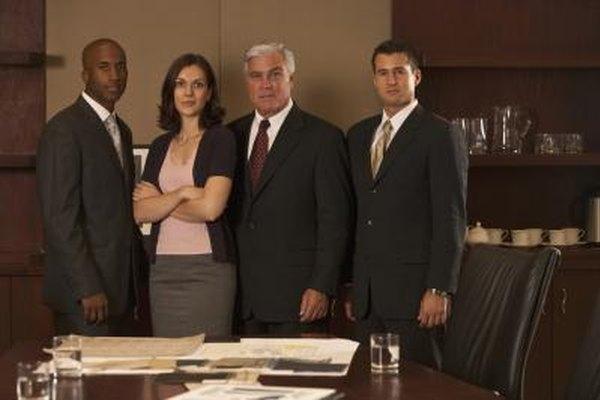 Contar con socios reduce el control sobre la empresa.
