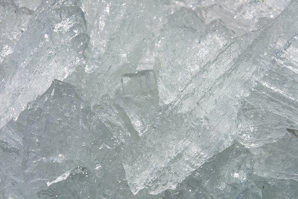 Mantener el hielo por más tiempo no sólo depende del material con que lo envuelvas.