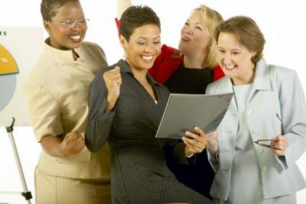 Los ejercicios para fomentar la creación de grupos hacen que los empleados sean más unidos.