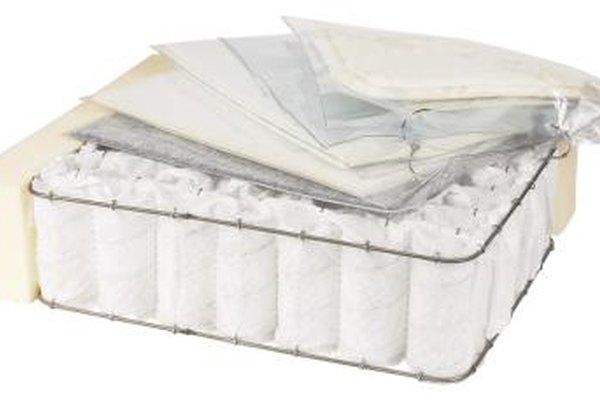 Tejas permite la reventa de los colchones, pero tiene leyes que requieren que los vendedores los limpien antes de su venta y que indiquen claramente que la ropa de cama se usa.