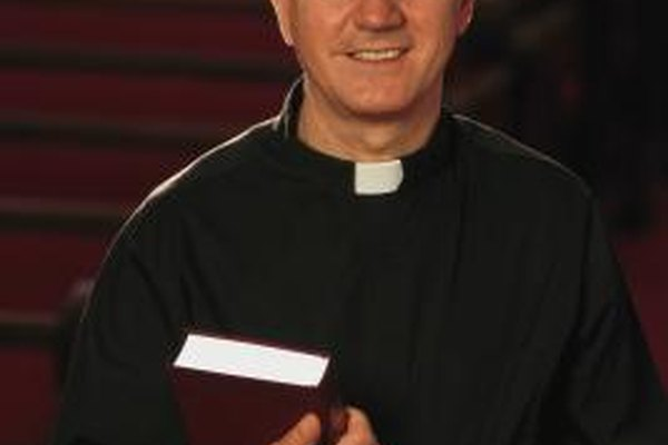 Los ministros licenciados sirven a las congregaciones de varias formas.