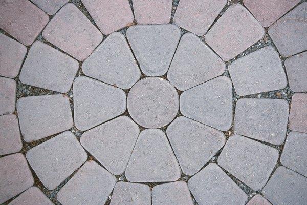 Los polinomios ayudan a calcular la cantidad de materiales que se necesitan para cubrir superficies.