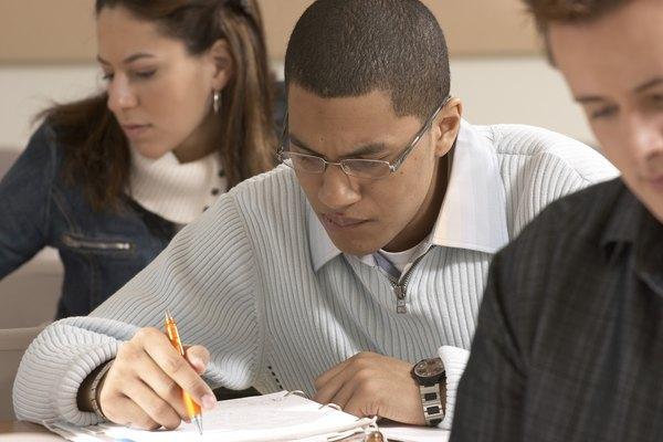 El nerviosismo de un estudiante pueden disminuir la calidad de la presentación, sesgando los datos sobre el conocimiento del estudiante.