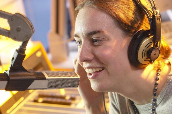 La mayoría de frecuencias vocales están entre los 300 y los 3500 Hz.