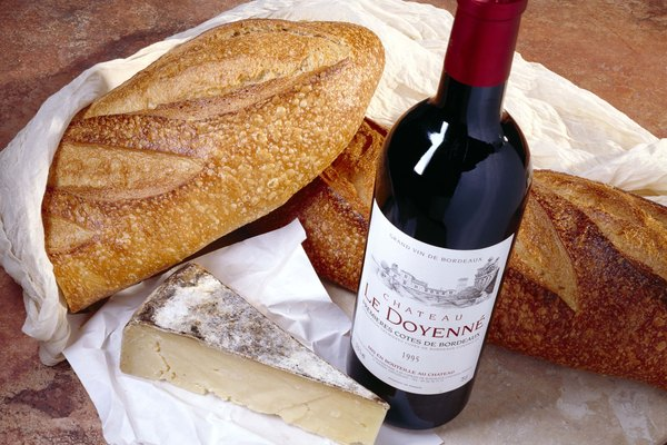 Wine with bread and cheese