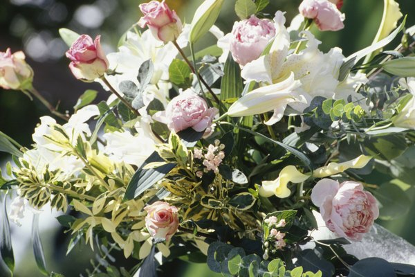 Acercamiento del ramo de las flores de boda.