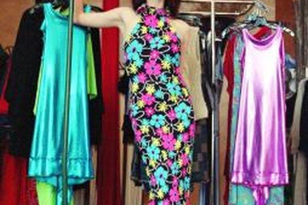 Las tiendas departamentales grandes siempre están en la mira de los inovadores diseñadores de ropa.