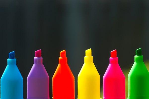 Toma los marcadores para pintar las llamas