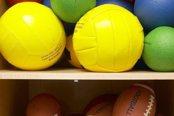 La masa y la inercia pueden ayudar a predecir el movimiento de las pelotas.