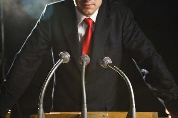Un gobernador es el jefe administrativo de un estado.