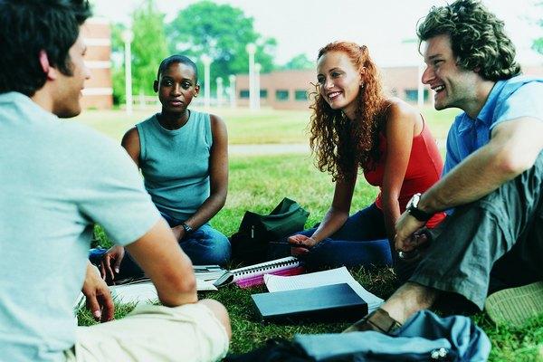 Las universidades son centros de encuentro.