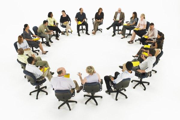 Los especialistas de producto coordinan la labor de los profesionales del diseño, desarrollo y comercialización.