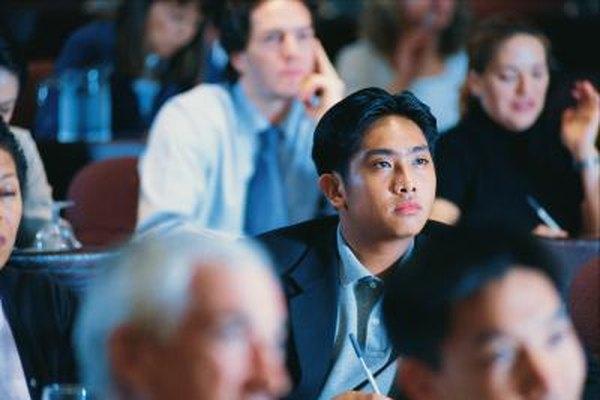 Los oradores deben hacer que los participantes se involucren y se concentren.