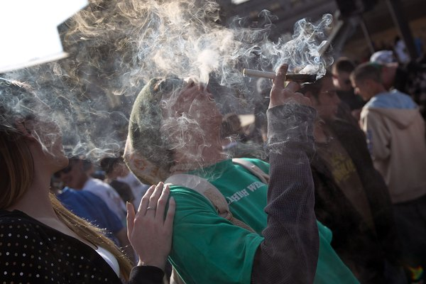 U.S. Marijuana Enthusiasts Gather For Mass Pot-Smoking Celebration