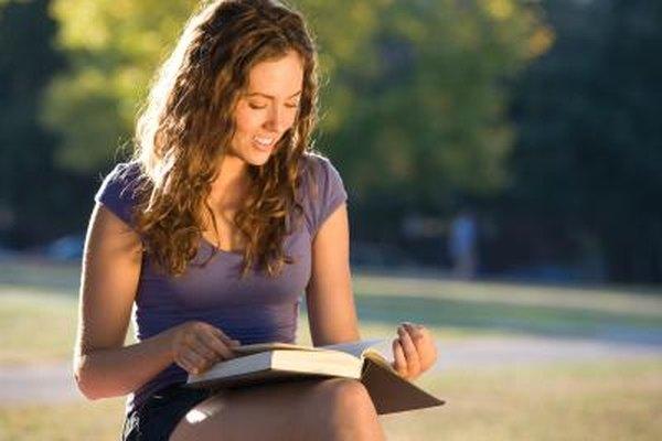 Convertirse en un sociólogo requiere una amplia lectura y el estudio de las teorías sociológicas.