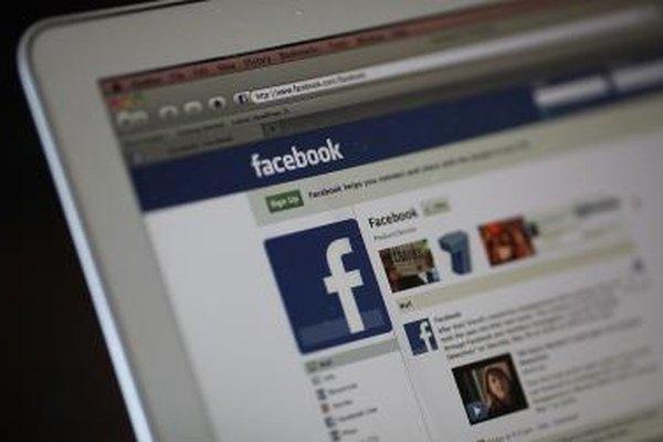 Los nombres de Facebook aparecen en la parte superior del perfil.