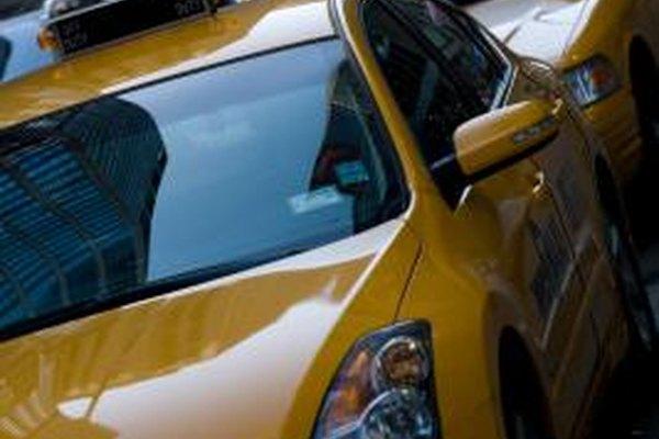 La mayoría de los taxistas son empresarios independientes que pagan impuestos comerciales.