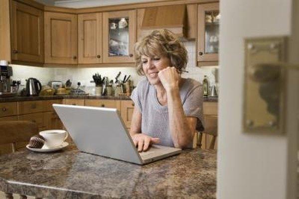 Comienza la distribución desde tu casa encontrando un fabricante o proveedor al por mayor.