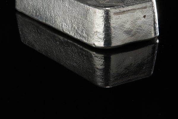 Las barras o lingotes de plata son una costosa inversión.