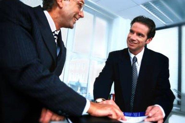 Un banquero privado es un empleado de una institución financiera.