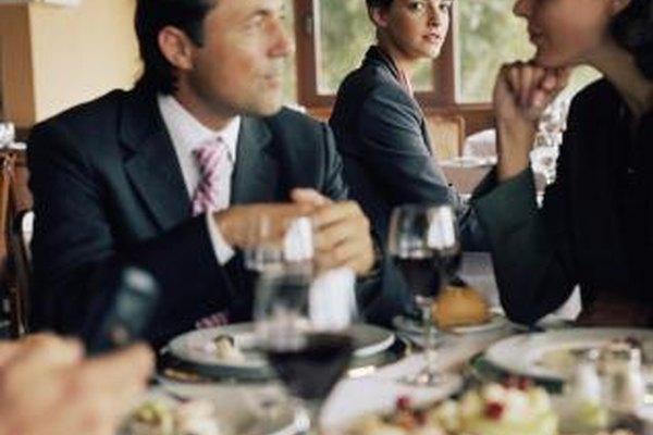 Las comidas de negocios pueden ser deducibles de impuestos.