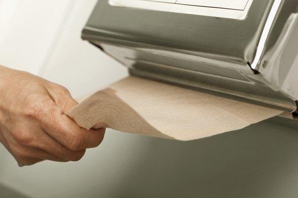 Toallas de papel y servilletas.