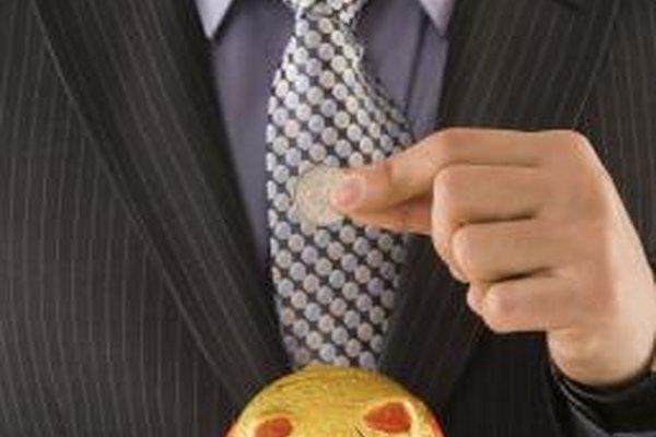 El CFO en una organización no lucrativa se asegura de que los reportes financieros sean siempre exactos.