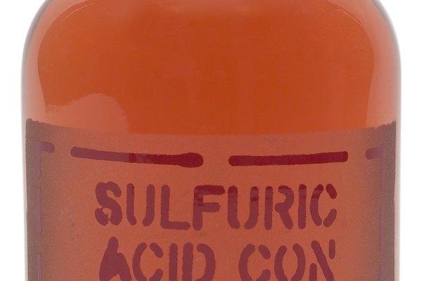 Ácido sulfúrico.