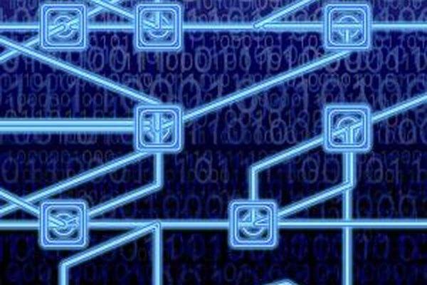 El intercambio de clave encriptada permite comunicaciones seguras en una red insegura.