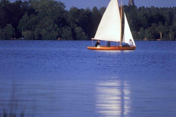 Conoce la distancia a la que está este barco.