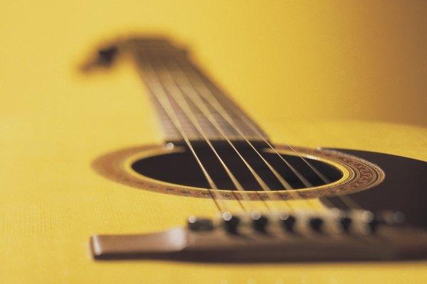 Puente de una guitarra acústica.