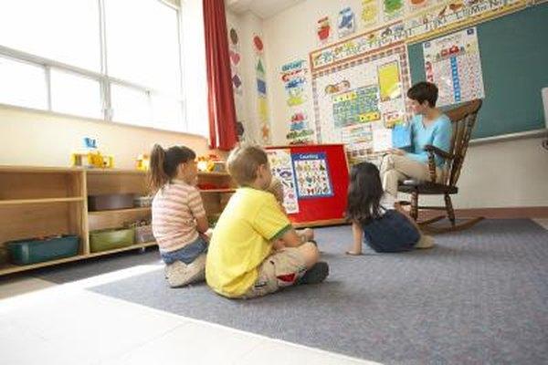 Los asistentes de instrucción a menudo trabajan con grupos pequeños.
