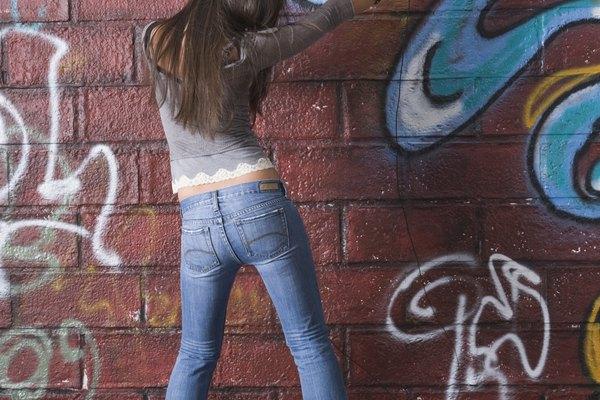 La calidad del graffiti puede variar, pero siempre es llamativo.