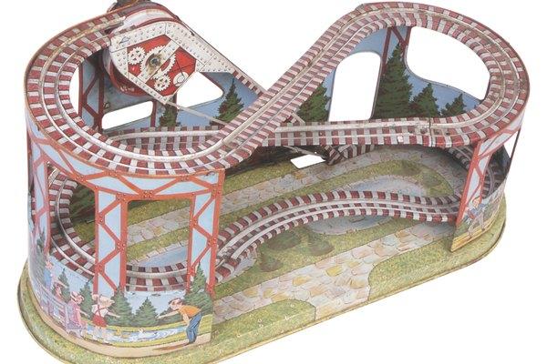 Un modelo de montaña rusa puede ser una forma creativa de mostrar tus habilidades.