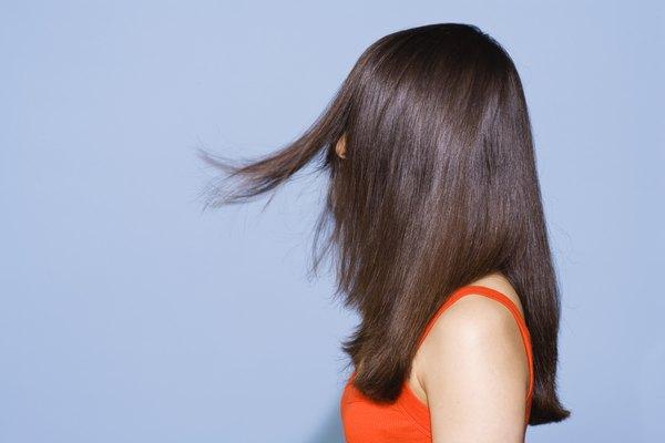 Alisadores para el cabello vs. tratamientos de alisado químico.
